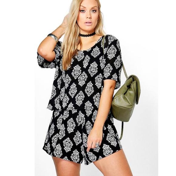 0f5b3a4f1e7 Boohoo Dresses   Skirts - ☀️Plus Size Two Piece Short Set ...